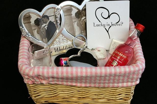 brides-basket-picasa_custom_