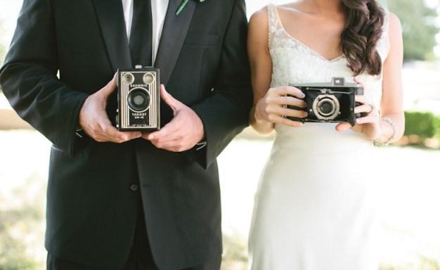 vintage-camera-wedding-800x500