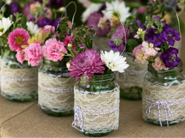 vintage-wedding-centerpieces-with-mason-jars