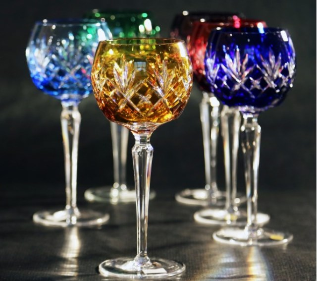 set-of-colored-crystal-glasses-for-wine-consist-of-6-pieces-350-ml-205-mm-caesar-crystal-bohemia-model-010